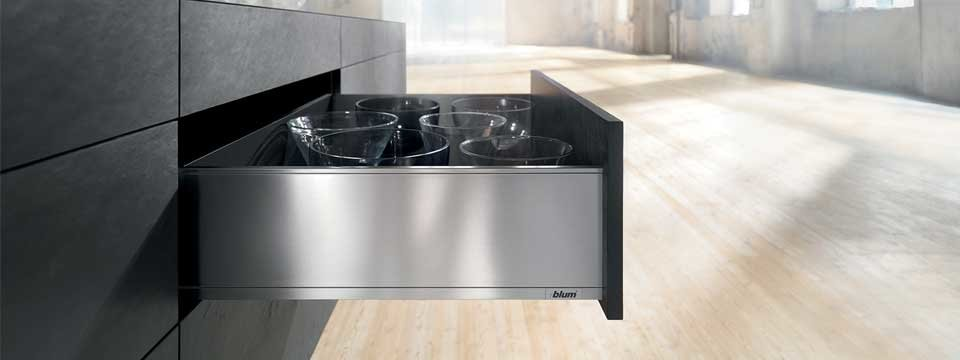 Blum-Legrabox-Softclose